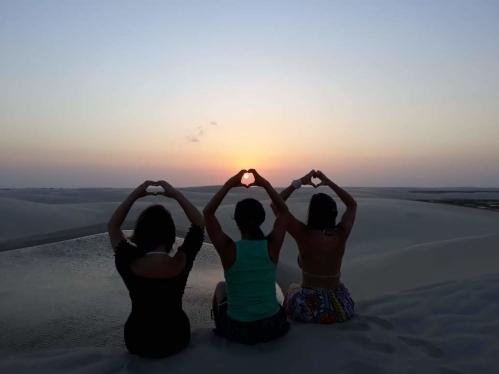 viagens baratas_por do sol_lencois maranhenses